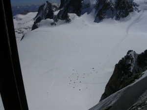 Палатки на снегу