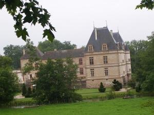 Неизвестный замок в Бургундии