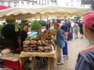 Рынок в Beaune