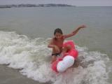 Море теплое и ребенок рад